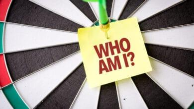 صورة فوائد الاستكشاف الذاتي لقادة التغيير الاجتماعي