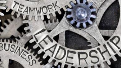 صورة قادة الأنظمة: كيف يعملون لقيادة التغيير الاجتماعي؟